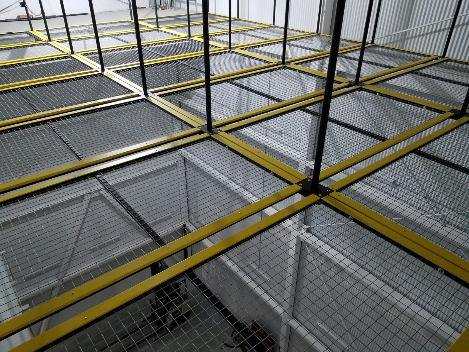 SkyDeck tension wire grid with Grid Wells and EdgePro at American Dance Institute in Castkill, NY.