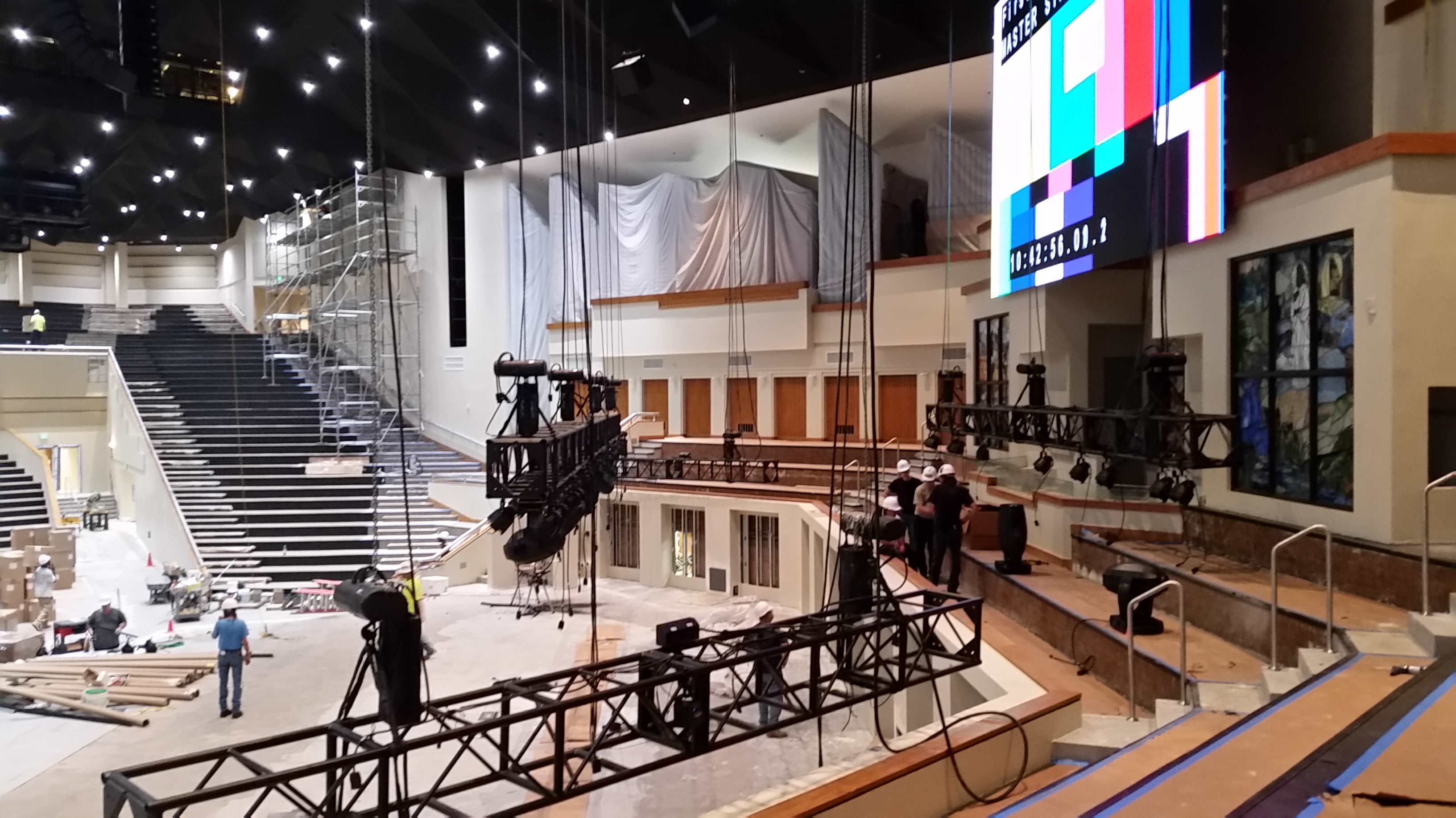 LED Screen & Wall Rigging   IA Stage